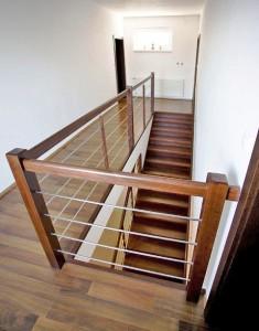 Drevene schody bazar